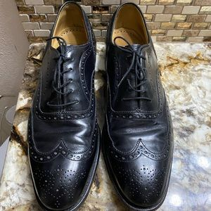 Johnston and Murphy wing tipped oxfords size 11
